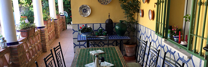 Andalucia Uno outdoor dining